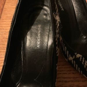 Burberry shoes size 37.5